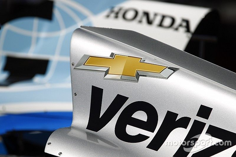 IndyCar retrasaría nuevo motor por una nueva marca