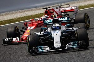 """Bottas """"block"""" cost me """"an awful lot of time"""" - Vettel"""