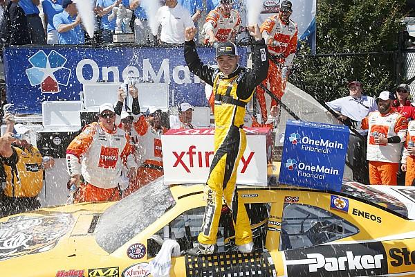NASCAR XFINITY Larson mantém boa fase e vence em Dover pela Xfinity Series