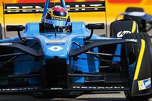 Formule E Berlijn: Buemi wint na straf Rosenqvist