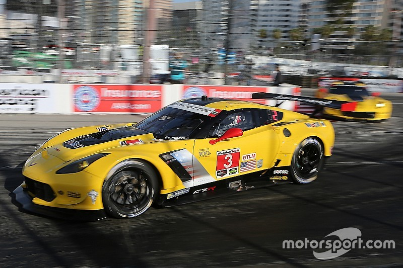 Corvette drivers puzzled by bizarre race ending