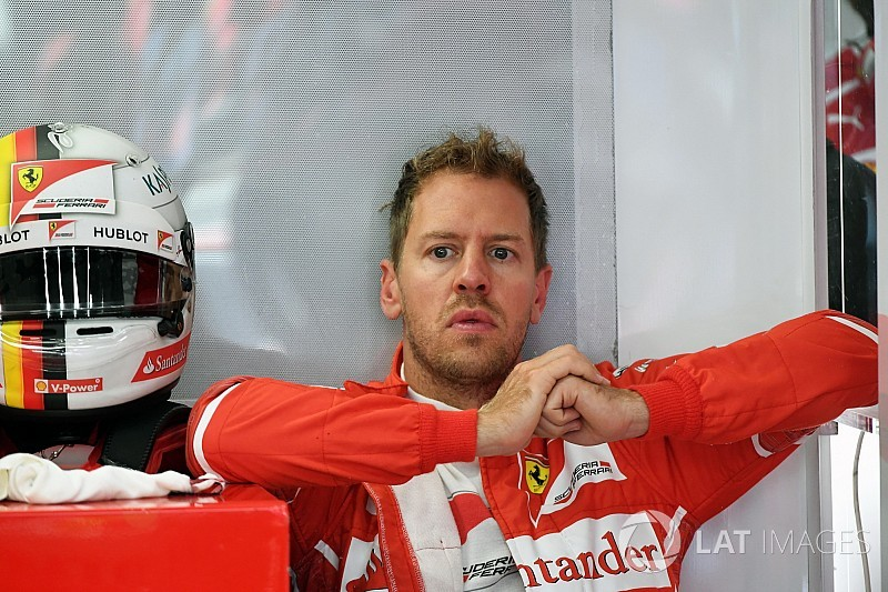 Vettel extends Ferrari contract until 2020