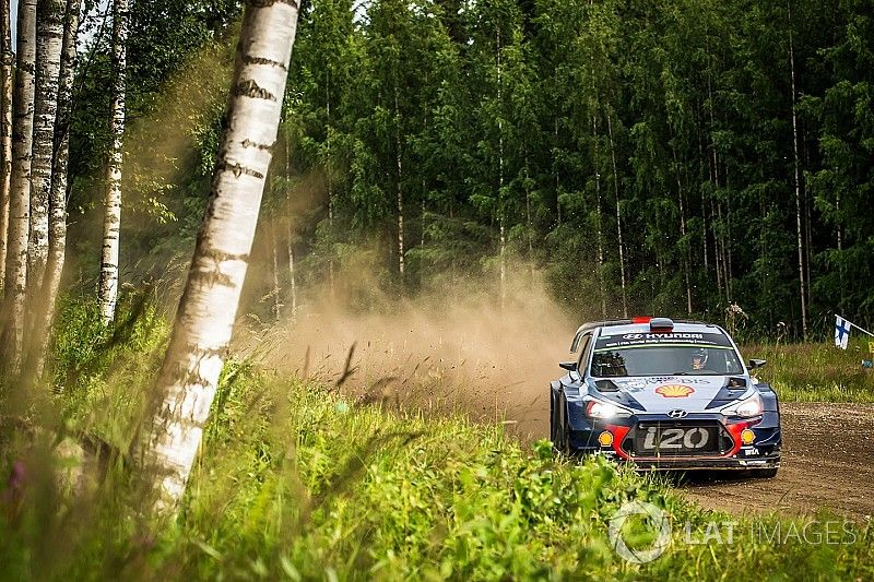 """Rally Finland """"a perfect weekend"""" despite only sixth, says Neuville"""