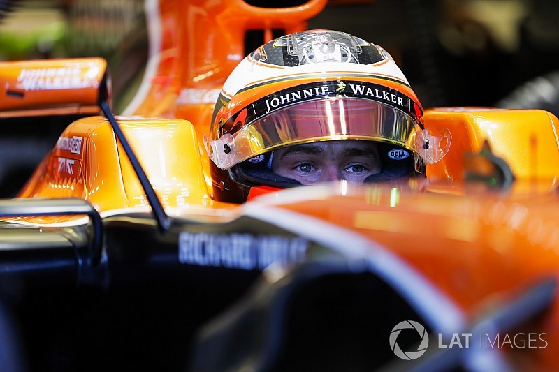 McLaren confirms Vandoorne for 2018 season