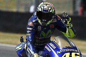 Rossi tem dor no braço inesperada durante treino