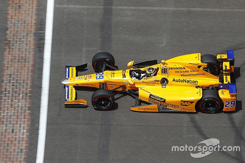 """Montoya adviseert Alonso: """"Volledig jaar in IndyCar"""""""