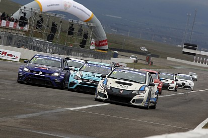Video: TCR-Auftakt 2017 in Rustavi in Georgien