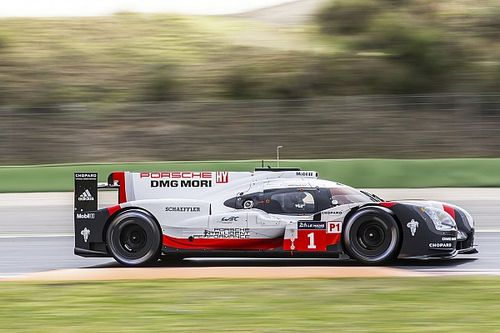 Porsche leads opening WEC Prologue test session