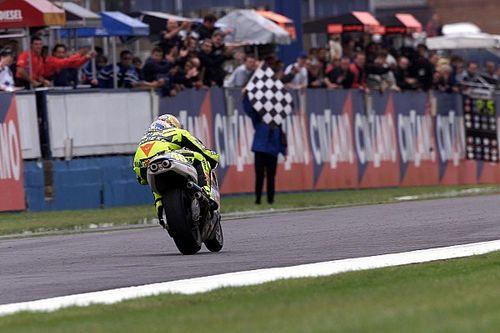 El día que Valentino Rossi abrió su cuenta en la categoría reina