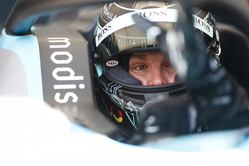 Rosberg megcsinálta, mégis Hamilton nyert