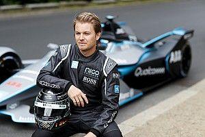 """""""Peu probable"""" que Rosberg devienne directeur d'équipe Mercedes"""
