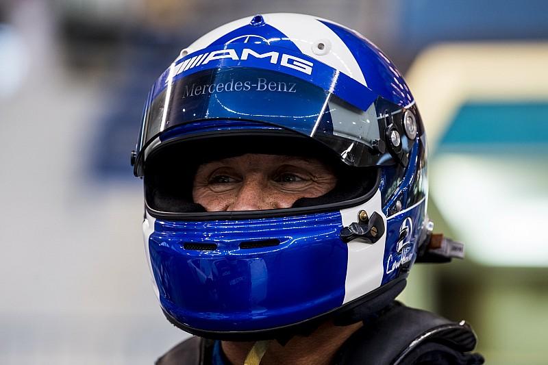 Red Bull, Coulthard ile Vietnam'da büyük bir gösteri sürüşü yaptı