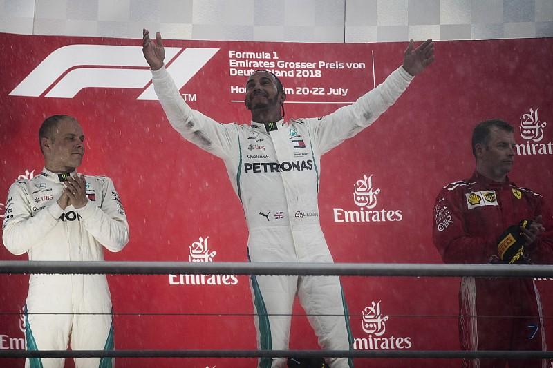 İstatistikler: Hamilton, Schumacher'in rekorlarını kırmaya devam ediyor