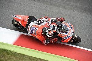 """Lorenzo: """"Lo de los neumáticos defectuosos mosquea un poco"""""""