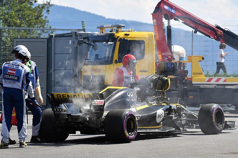 Csalódottan, fejlesztett turbóval utazik a Renault a Brit Nagydíjra