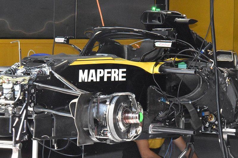 Renault: ecco i due coni anti-intrusione che sono rimasti in posizione classica