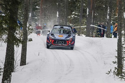 Sweden WRC: Neuville holds narrow lead over Breen