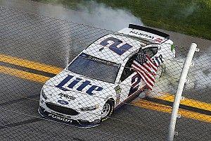 Brad Keselowski vince in rimonta la Daytona Clash 2018