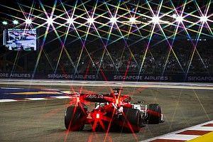 Így vágta neki a falnak Räikkönen az Alfa Romeót Szingapúrban