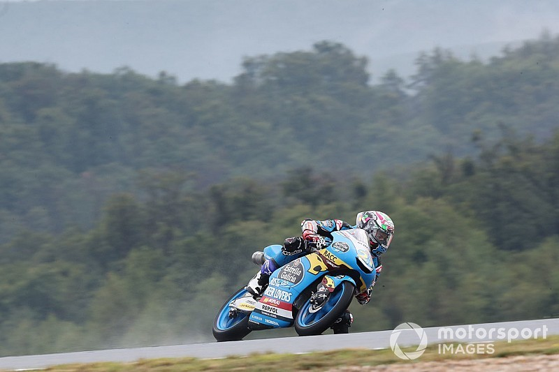 Moto3 rider Lopez handed big penalty for shoving teammate