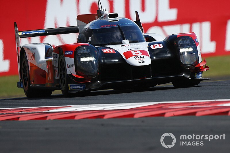 Fuji WEC: Rebellion splits Toyotas in first practice