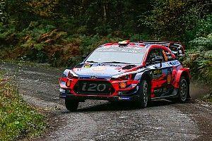 WRC, Rally Galles, PS15: Neuville supera Ogier ed è secondo