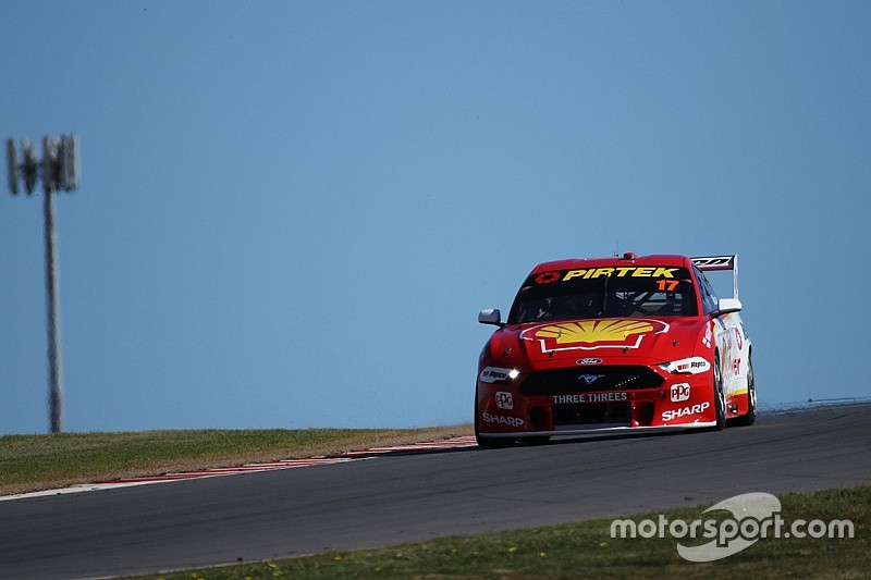 The Bend Supercars: McLaughlin blitzes first practice