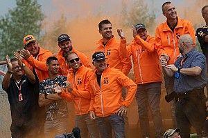 Фанатов Формулы 1 в Спа штрафуют на 350 евро за попытку увидеть гонку