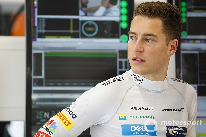 "Vandoorne keen to emulate Magnussen's ""fresh start"""