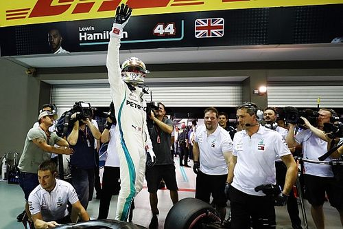 Az ötszörös Le Mans-i győztes szerint Hamilton is képes lehet az összeomlásra