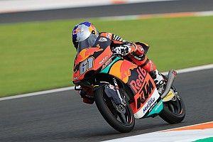 Moto3 Valencia: Debutant Oncu schrijft geschiedenis als jongste GP-winnaar ooit