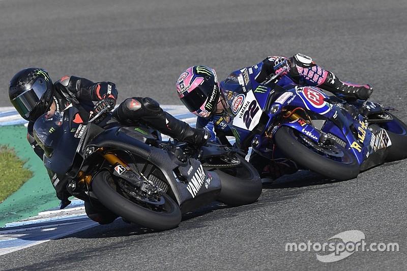 Galería: Lewis Hamilton se divierte con la Yamaha en Jerez (antes de caerse)