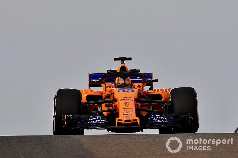 """Sainz celebra estreia na McLaren após """"matar"""" rivais"""