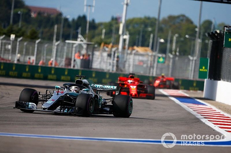 Hamilton: Mercedes derrotou a Ferrari na guerra psicológica