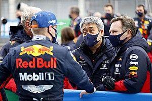 F1: Marko volta a falar de cláusula que permite saída de Verstappen