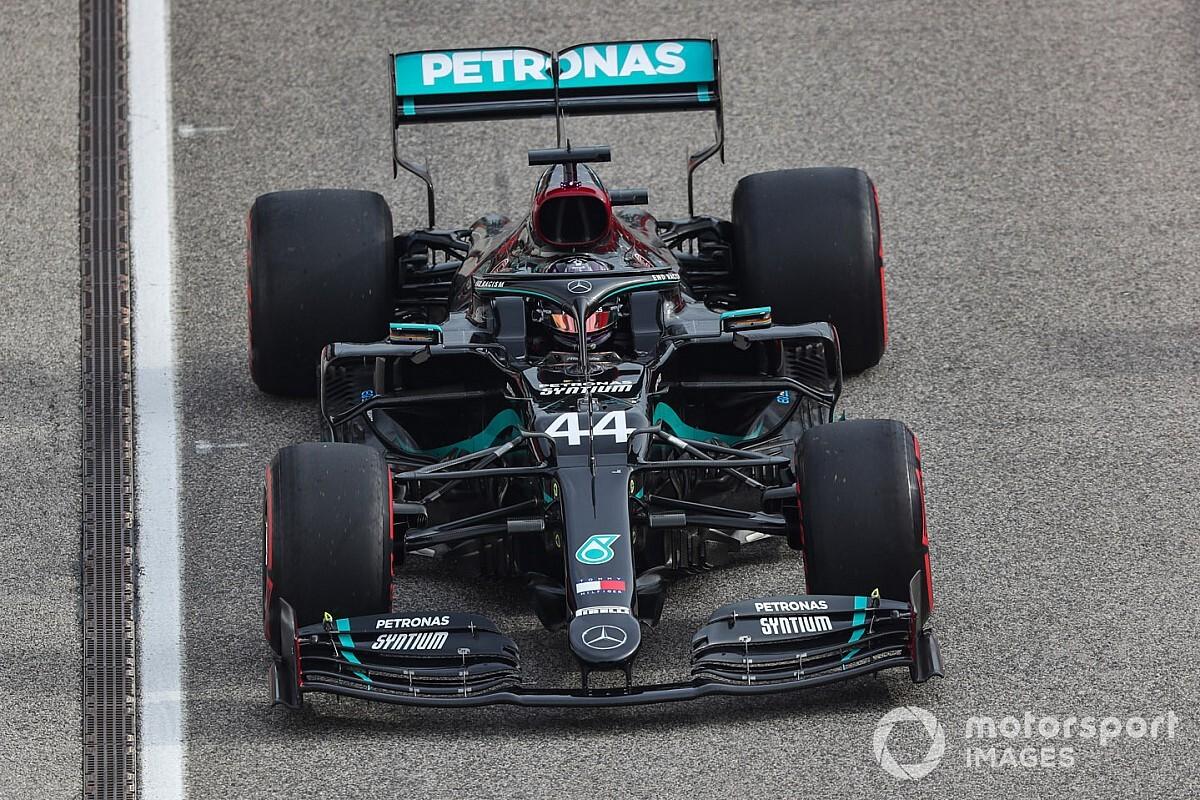 Pirelli investigating Hamilton's rear tyre vibration issue