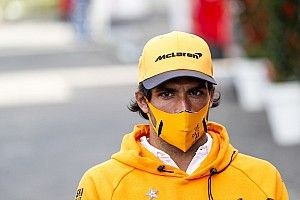 Сайнс не выйдет на старт Гран При Бельгии из-за поломки выхлопа