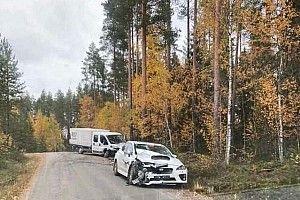 Solberg sale ileso de un fuerte accidente previo al Rally de Finlandia