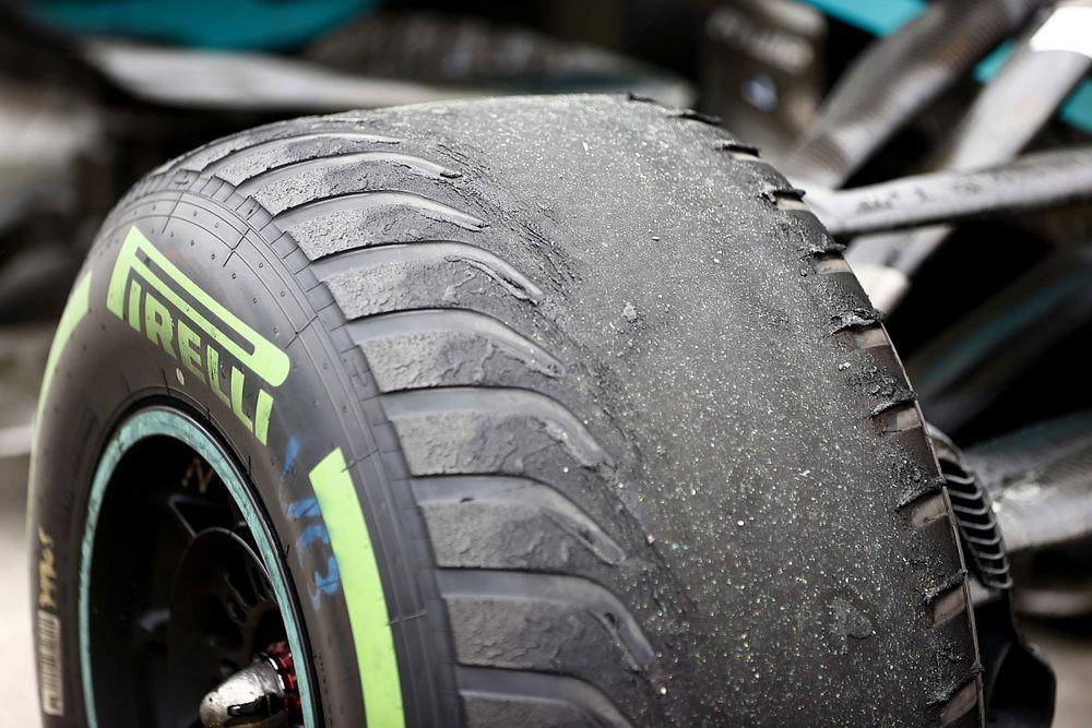 Pirelli: Мы сказали командам не ехать до финиша