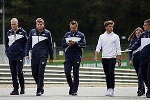 """Gasly: """"Red Bull, Perez ve Verstappen arasındaki dengeden memnun görünüyor"""""""
