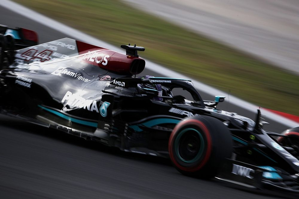 F1 Turkish GP: Hamilton tops qualifying, Bottas on pole