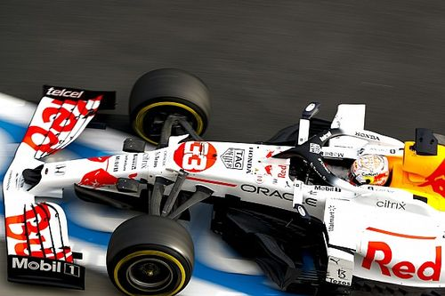"""レッドブル、トルコGP初日は""""チグハグ""""なマシンバランスに苦戦「問題を理解できれば、改善できるはず」"""