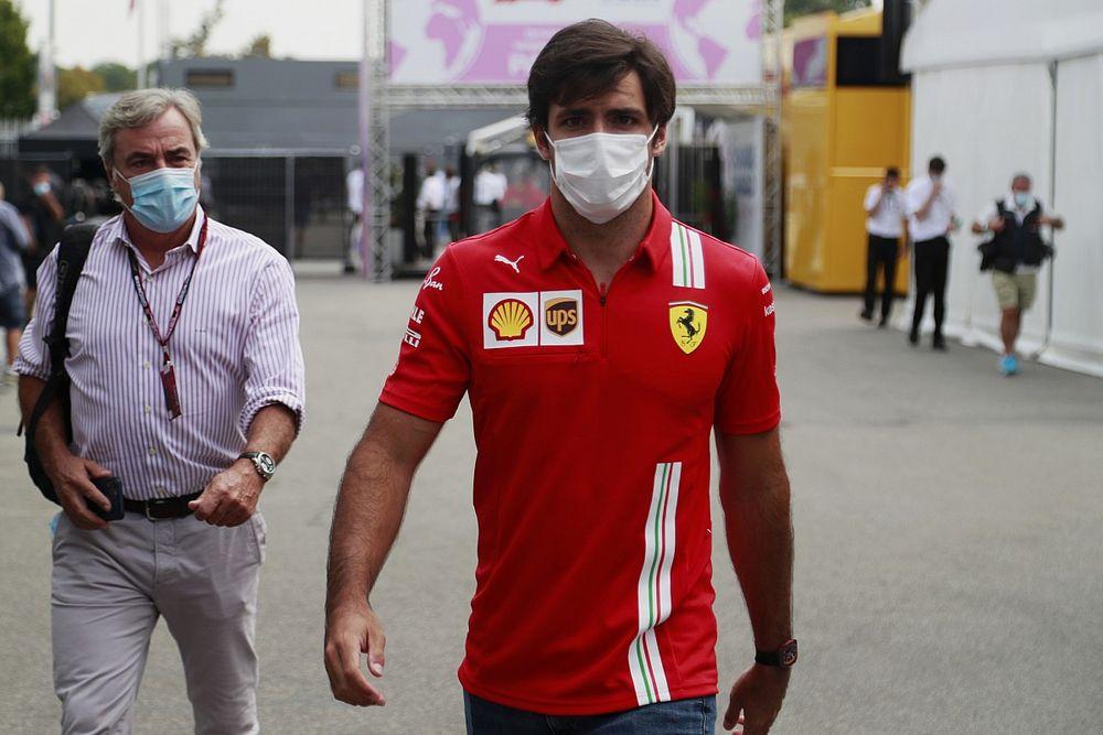 Sainz kiosztotta az újságírókat a Barrichellóval kapcsolatos hírek miatt