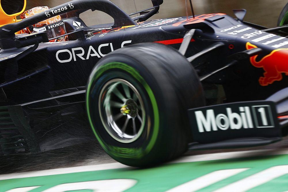 """Verstappen pakt pole in waanzinnige kwalificatie: """"Was echt lastig"""""""