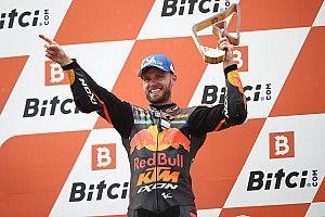 Binder se queda afuera y gana bajo la lluvia en el GP de Austria