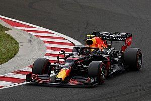 Albon bajba kerülhet: trükköztek a Red Bullnál a rajt előtt