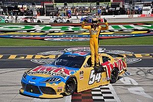 Kyle Busch holds off Cindric in OT for 10th Texas Xfinity win