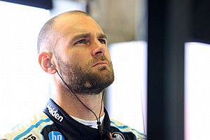 Van Gisbergen to contest New Zealand Grand Prix