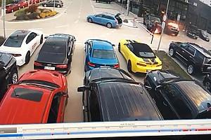 Luxusautók lángoltak egy szlovák kereskedés előtt, nem véletlenül