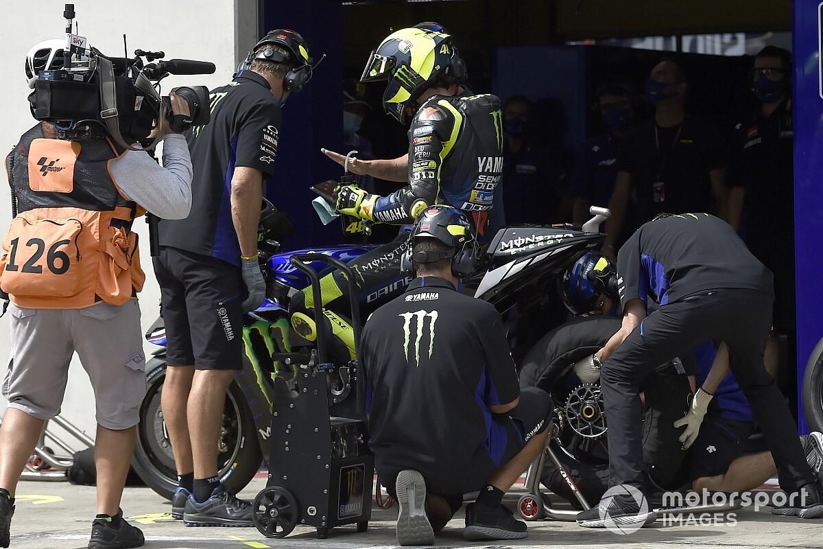 MotoGP'de büyük kaza, Rossi ölümden döndü!